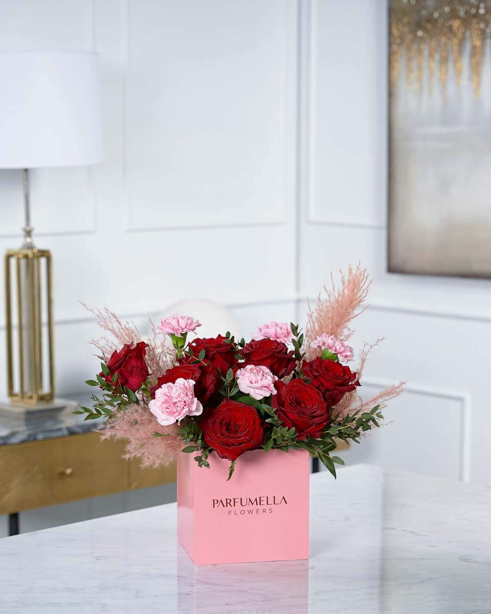 roses on pink box